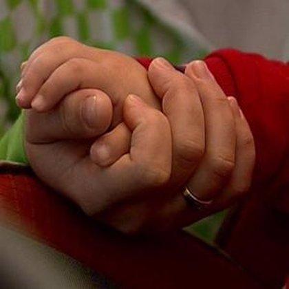 La solidaridad de tres pueblos andaluces se une para ayudar a un niño de dos años con una enfermedad congénita