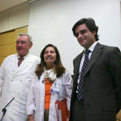 Médicos españoles usan por primera vez células madre de grasa abdominal para reconstruir la mama de pacientes de cáncer