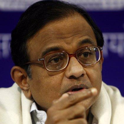 """El ministro de Interior admite """"fallos de seguridad e inteligencia"""" en relación con los atentados de Bombay"""