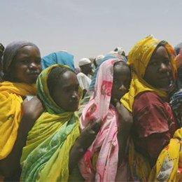 mujeres refugiados