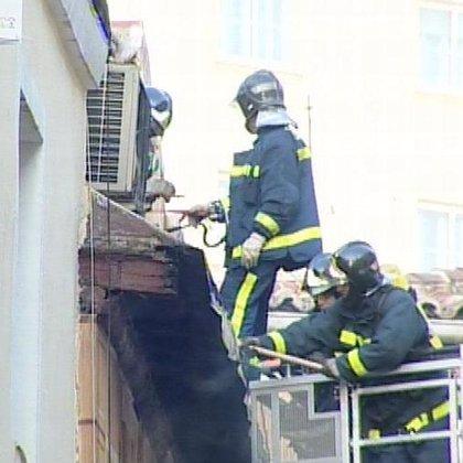 Una niña fallecida y cuatro heridos, entre ellos un niño, en el incendio de una vivienda de Pozuelo