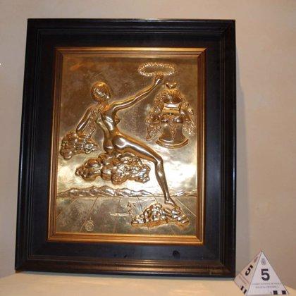 Intervienen en Estepona 81 piezas atribuidas a Dalí que iban a ser vendidas y detienen a un francés