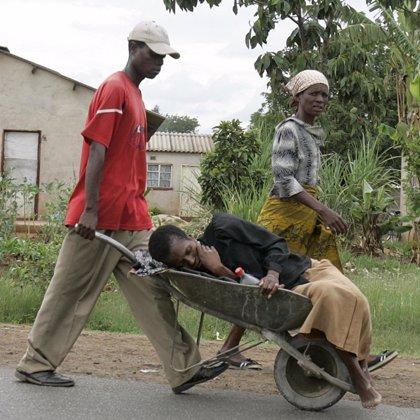 Zimbabwe sufre la mayor epidemia de cólera en Africa desde hace 15 años
