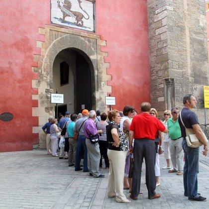 Los turistas españoles realizaron 169 millones de viajes en 2008, un 7% más