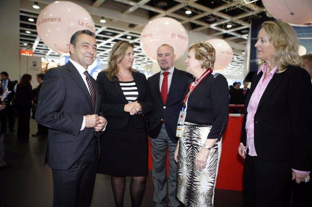 El presidente del Gobierno de Canarias y la consejera de Turismo en la ITB de Be