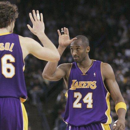 Los Lakers olvidan sus últimas derrotas con un balsámico triunfo ante los Rockets en Houston