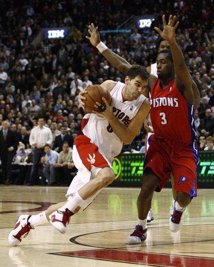 Calderón entra en la historia de Toronto Raptors