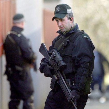Tres detenidos en relación con el atentado del IRA Auténtico