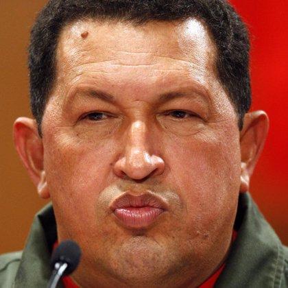 Chávez afirma que sigue adelante con la nacionalización de la filial venezolana del Banco Santander