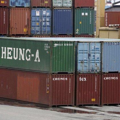 Las exportaciones en China continúan cayendo en marzo, aunque menos que en febrero