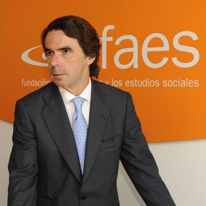 """Aznar pide una reforma laboral """"seria"""" porque España no puede seguir creando 7.000 parados diarios"""
