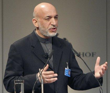 El hermano de Karzai sobrevive a una emboscada de los talibán