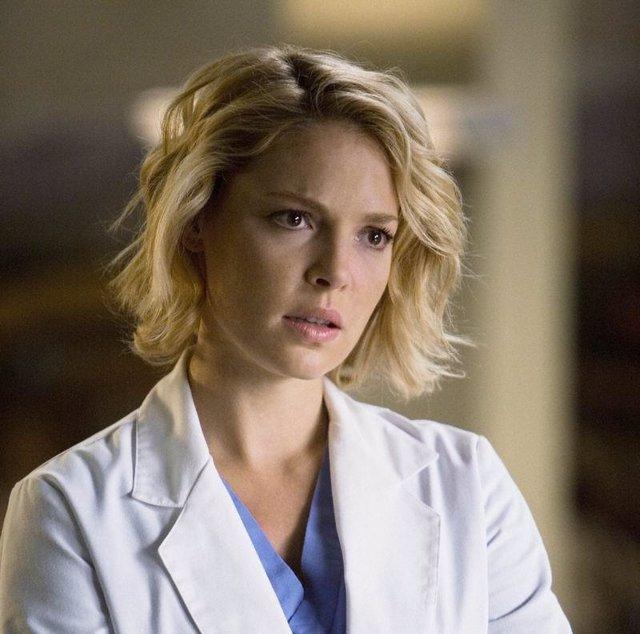 La actriz Katherine Heigl es Izzie en Anatomía de Grey