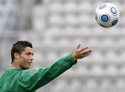 """Valdano: """"La cláusula de Ronaldo será inalcanzable para no correr riesgos"""""""