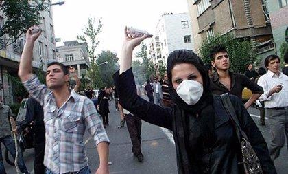 La página de Internet de Musavi denuncia la detención de 70 profesores universitarios que se habían reunido con él