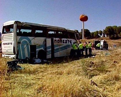 El bus de Miajadas circulaba con exceso de velocidad y se investiga posible homicidio imprudente del conductor