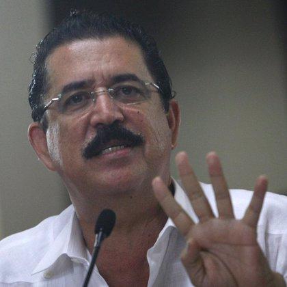 """Zelaya: """"Nadie debe obediencia a un gobierno usurpador"""""""