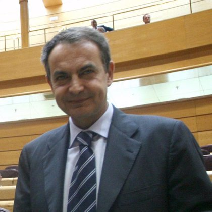 """Zapatero admite que, """"como es lógico"""", le gustaría que su hija le consultara si decidiera abortar"""