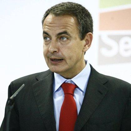 Zapatero no cree que la posición de Rajoy con su tesorero sea cómoda