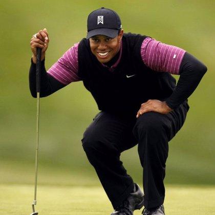 Tiger Woods continúa al mando del AT&T National al término de la segunda jornada