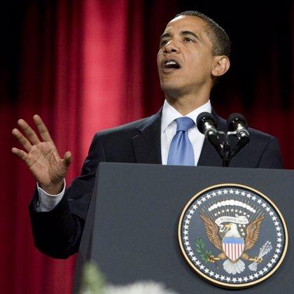 """Obama llama a Estados Unidos a """"alzarse frente a los desafíos"""" en la celebración del Día de la Independencia"""