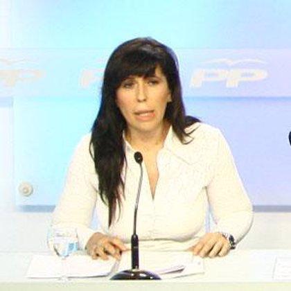 Sánchez Camacho (PP) asegura que el acuerdo sirvió para salvar al tripartito catalán