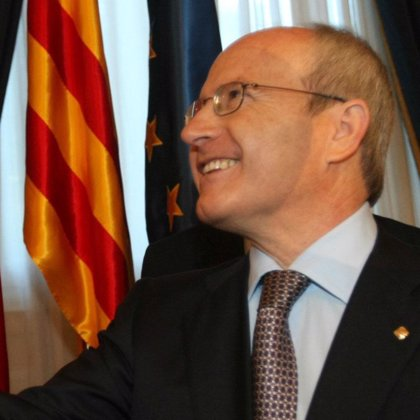 Montilla, partidario de que las fusiones que afectan a cajas catalanas se circunscriban a Cataluña