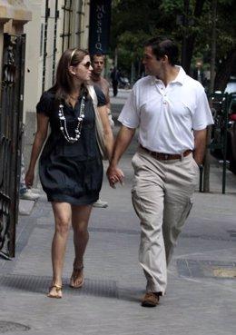Luis Alfonso de Borbón y su esposa Margarita Vargas