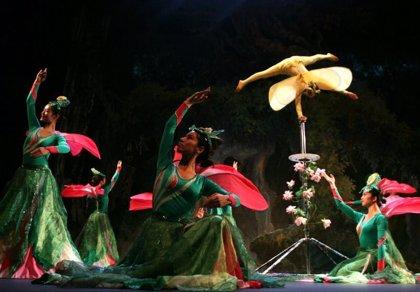 El Circo Acrobático Nacional Chino nos hace soñar con un bosque mágico