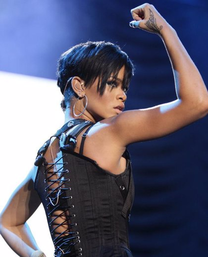Rihanna y Seinfeld estrenarán el nuevo programa de Jay Leno