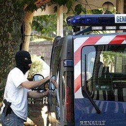 policia-francesa-gendarme-recurso