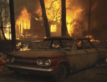 El incendio de Los Ángeles y obliga a desalojar 4.000 viviendas