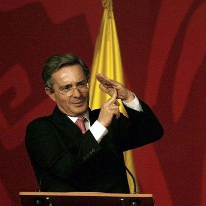 Álvaro Uribe tiene la gripe A