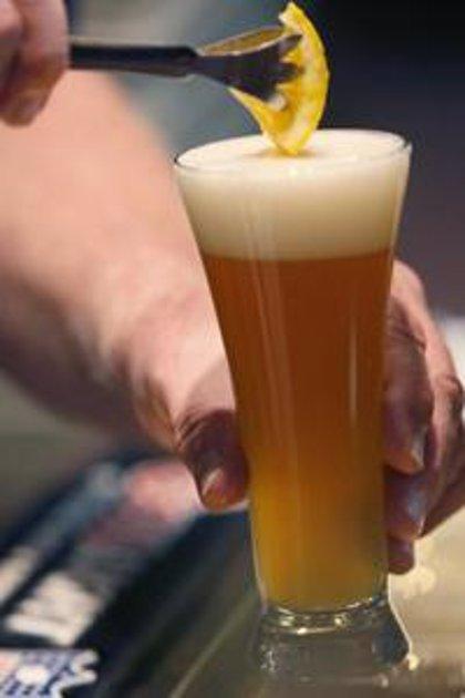 La ingesta moderada de cerveza reduce el riesgo de osteoporosis