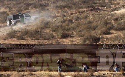 EE.UU cierra un paso fronterizo con México tras un tiroteo