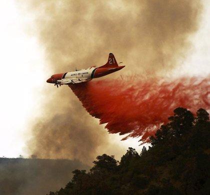Un nuevo incendio en California obliga a evacuar a 400 personas