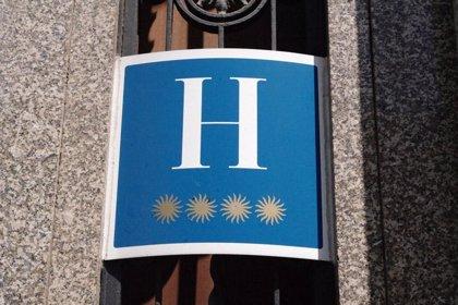 Las pernoctaciones hoteleras cayeron un 5% en agosto, pese a que los precios bajaron un 4,6%