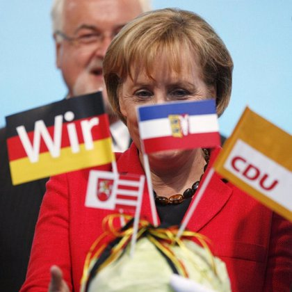La CDU de Merkel aventaja en nueve puntos a los socialdemócratas, según el último sondeo