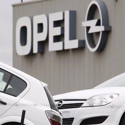 Aragón exige al Ejecutivo central un plan para reducir el impacto de los despidos en Opel