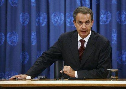"""Zapatero dice que las rentas altas asumirán un """"esfuerzo significativo"""" con la reforma fiscal"""
