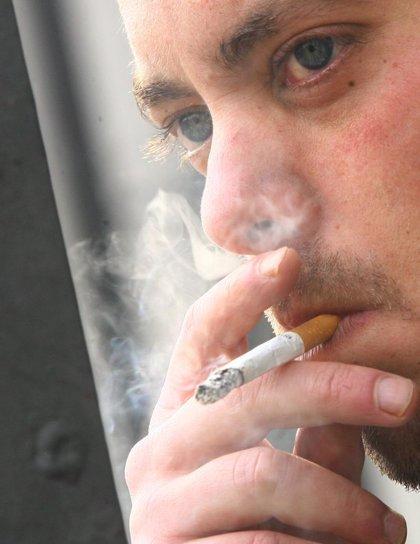 El riesgo de cáncer de pulmón por el tabaco se prolonga hasta diez años