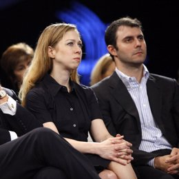 Chelsea Clinton y su prometido