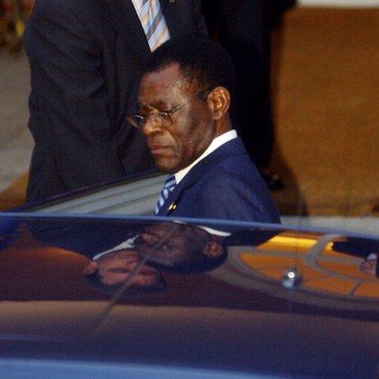 """Obiang denuncia las """"injerencias extranjeras"""" en África durante su investidura"""