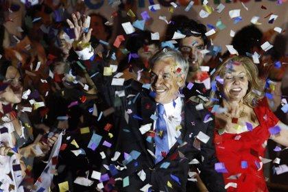"""Piñera celebra el triunfo y pide una """"campaña limpia"""" en la segunda vuelta"""