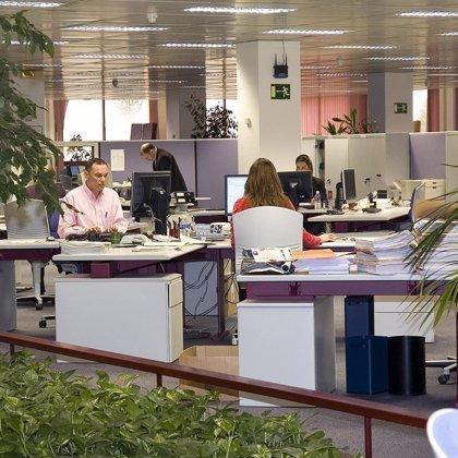 Bancos y cajas cierran 1.345 oficinas en España hasta septiembre
