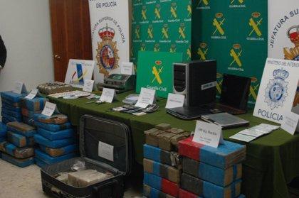 Sucesos.- AMP.- A prisión 14 narcotraficantes y decomisados 1.200 kilos de hachís en la operación 'Ciruela'