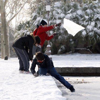 Un total de 30 provincias estarán hoy en alerta por viento, lluvia, nieve y oleaje