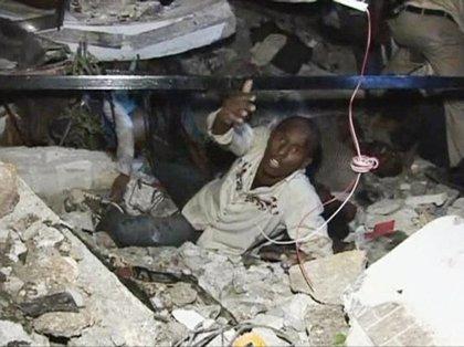 La catástrofe es narrada y fotografiada por miles de personas en Internet