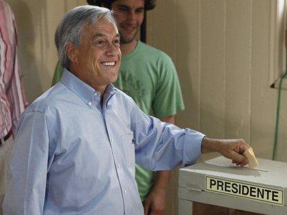 Piñera se impone a Frei con el 51,87% de los votos