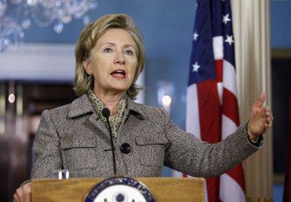 Clinton presiona a Barak para que suavice el bloqueo en la Franja de Gaza